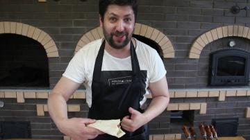 Мужики у плиты: люля кебаб на мангале - видео