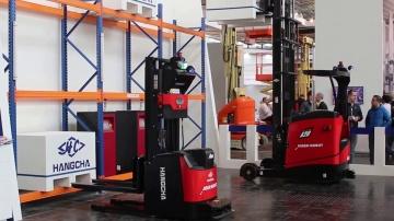 SkladcomTV: Hangcha представила роботкары - новинки складской техники - на выставке СеМАТ в Ганновер