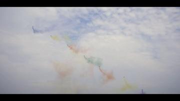 """КРОК: Шоу дронов с """"цветным дымом"""""""
