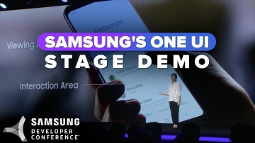 CNET: One UI stage demo at Samsung's Developer Conference 2018